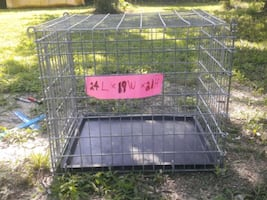 Dog crate with tray 24L x 19W x 21H