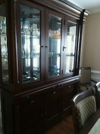 china hutch and dining room set Kernersville, 27284