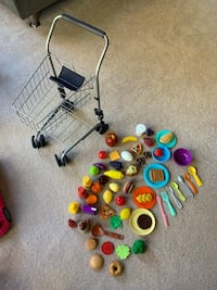 Play food and shopping cart