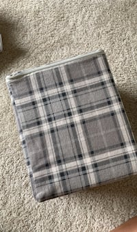 Queen Sheets brand new warm for fall or winter Warrenton, 20186