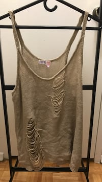 Ardene size L tank top Mississauga, L4Y