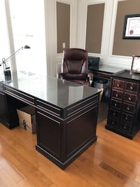 Executive Office Desk Set and office furniture