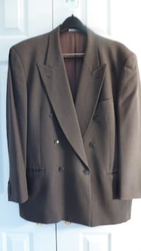 BACHRACH Dark gray striped Mens Suit's 100% Wool Size 42R