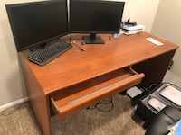 Desk  Woodbridge, 22192