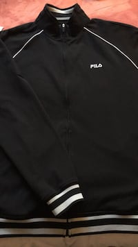 Men's large FILA sweater London, N6H 2M6