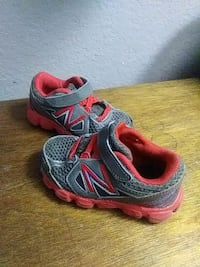 Toddler Boys Size 5 New Balance Tennis Shoes