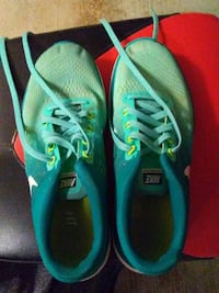 Nike shoes Roswell, 88201