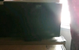 Flat screen TV $60 nothing wrong with it all you need is a remote
