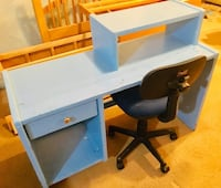 Solid wood desk. Swivel chair included 46 x 27.5 Fairfax, 22032