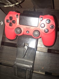 Red sony ps4 controller & Sony control charged & turtle beach gaming headsets work on both PS4/Xbox St. Joseph, 64503