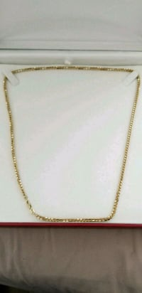 """Real gold 10k two tone shory chain 22"""" Toronto, M6G 2A2"""