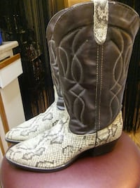 Mens real Snake boots  Tucson, 85715