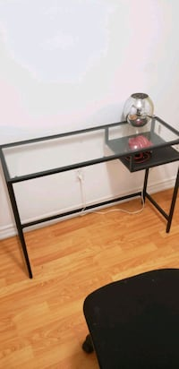 Study table for sale Mississauga, L5R 2N1