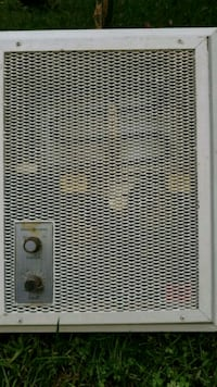 In-wall mounted electric space heater heater