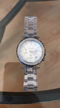 Michael Kors watch for a small wrist -needs battery 1946 mi