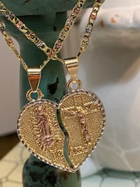 TeAmo Couple Pendant With Two Chains