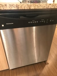 4 year old dishwasher . Fully working condition . Disconnect and take away
