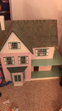 3-storey pink, brown, teal wooden house miniature 67 km