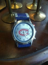 round silver-colored chronograph watch with blue leather strap Montreal, H8R