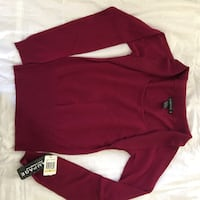 Red and white long-sleeved shirt Fairfax, 22033