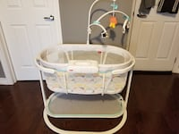 Fisher Price soothing bassinet for sale! Etobicoke