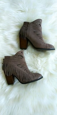 Booties size 6.5 Port Wentworth, 31407