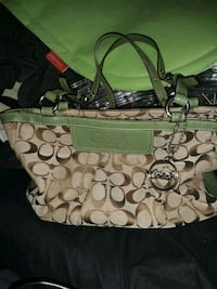 I have a brand new coach purse bag in great condit Albuquerque, 87108