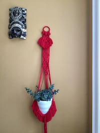 New macrame plant hanger/air plant/ wall hanging/decor /Christmas gift Toronto, M4C