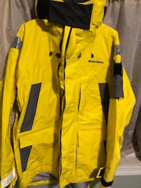 yellow and black zip-up jacket Arlington, 22202