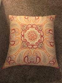 Decorative pillows Greenville, 29607