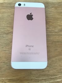 iPhone SE unlocked 16 gb perfect working condition  Mississauga, L5C 2E7