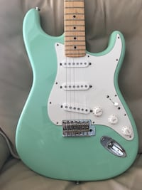 Fender American Special Stratocaster with Case. Mint