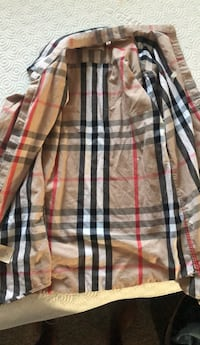 Burberry ButtonDown Medium(Worn Twice)
