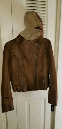 New brown leather zip-up Guess jacket  59 km