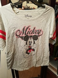 gray and black Disney Mickey Mouse scoop-neck top Madera, 93638