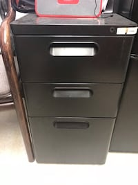 gray metal 3-drawer filing cabinet Toronto, M3N 1H3