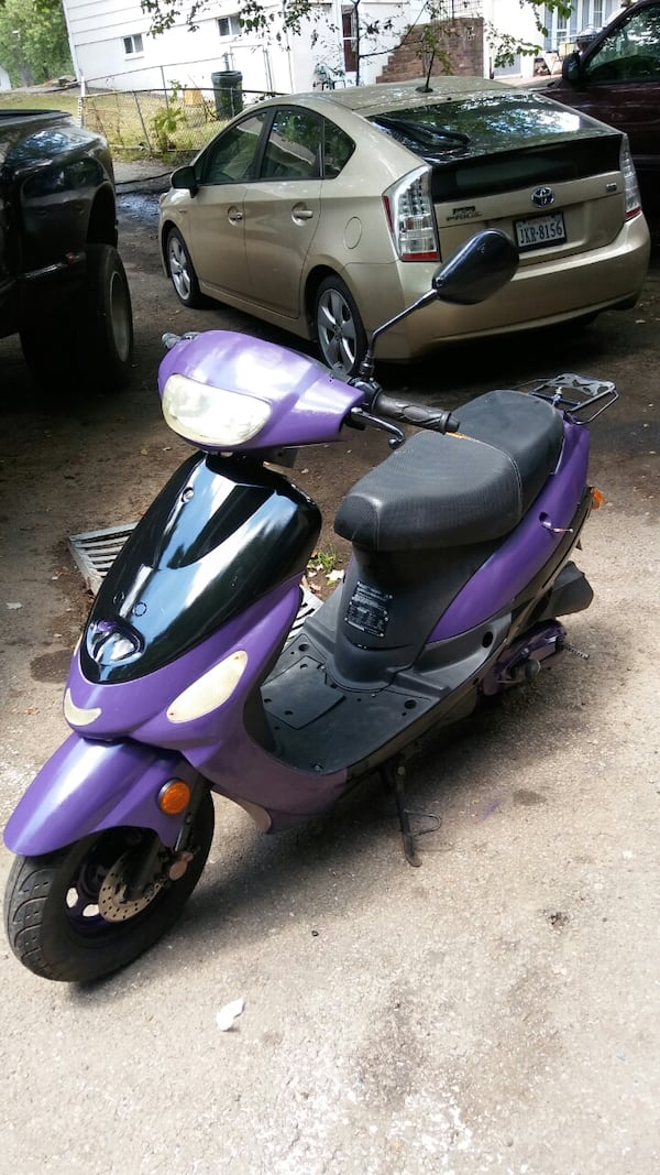 50cc Motor Scooter Purple Fast S'ooter. Just Refurbished!! Runs Great! 2bbb08ac-7547-4454-b379-4f34962fbb88