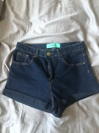 Never worn size 7 high rise shorts Vaughan, L4J 5S7