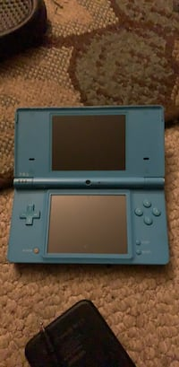 Gray nintendo ds with game cartridge Henrico, 23233