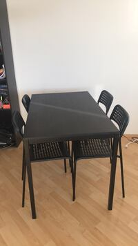 IKEA kitchen table  Vancouver, V6R
