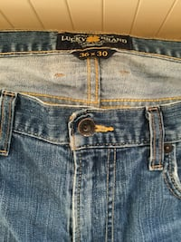 Blue lucky brand jeans