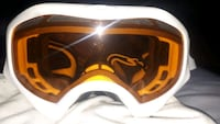 Oakley snowboarding goggles never used . No scratches on lenses Toronto, M4X 1G3