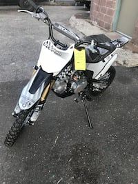 BRAND NEW  WHIP 125CC PIT BIKES 4 SPEED MANUAL. $700+tax ON SALE!