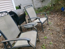 Patio chair set need gone by 8th
