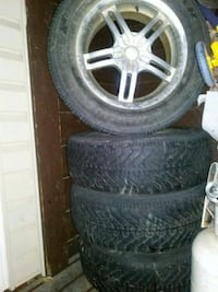 "17"" 5bolt pattern with winter tires 80% Edmonton, T6R 0G3"