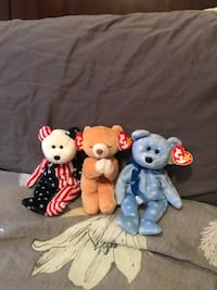 two white and blue bear plush toys 27 mi