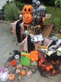 Must take all Halloween lot Selden, 11784