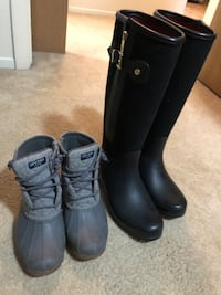 Womens boots (will sell seperate) South Bend, 46614