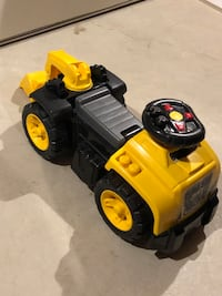 Mega Bloks CAT 3 in 1 Excavator Ride-On Milton