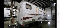 2009 starcraft 32 foot camper... most sought after layout